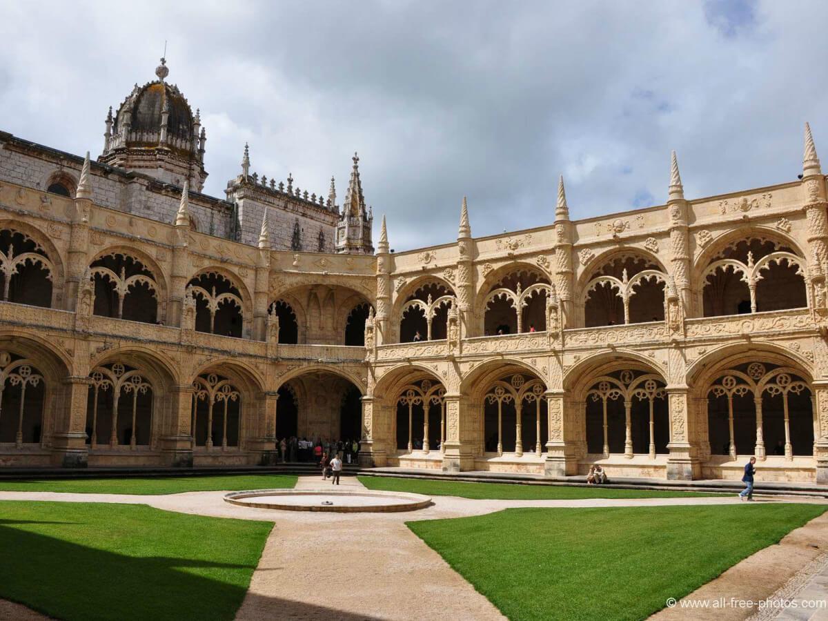 Day 3 : Seville - Cordoba - City tour