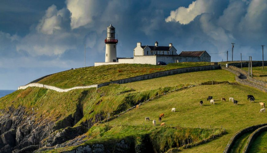 lighthouse ireland